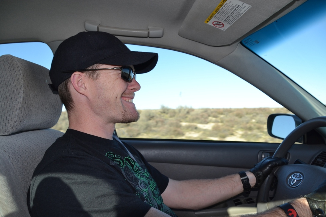 Arizona roadtrip, J driving