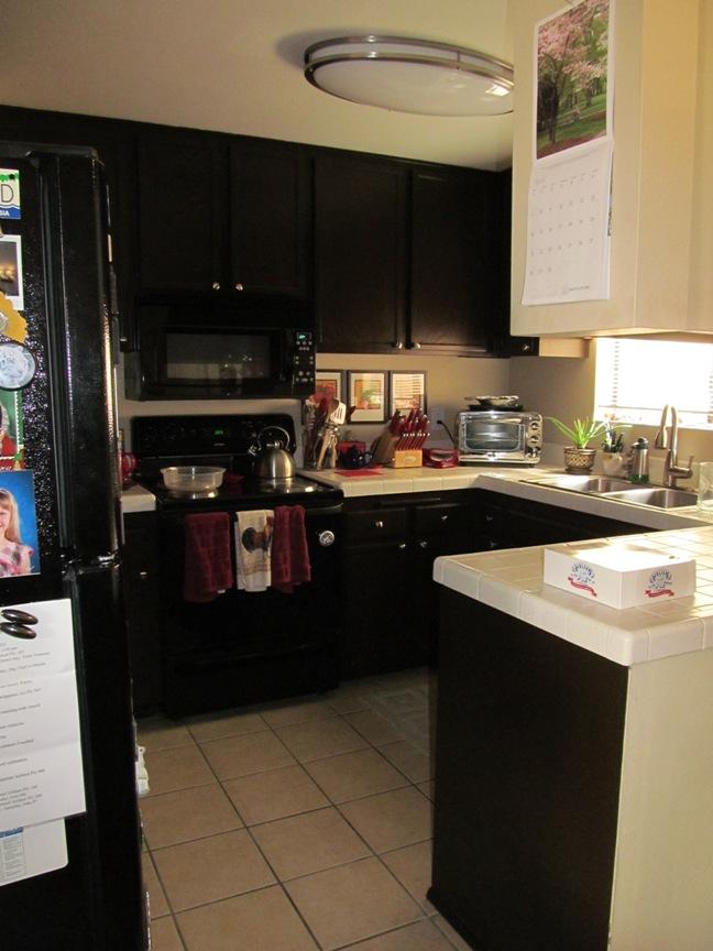 San Diego condo, kitchen