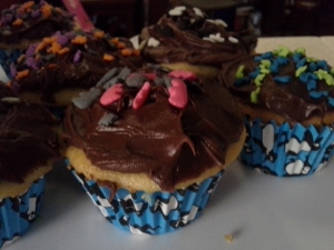 cupcakes with elephant sprinkles