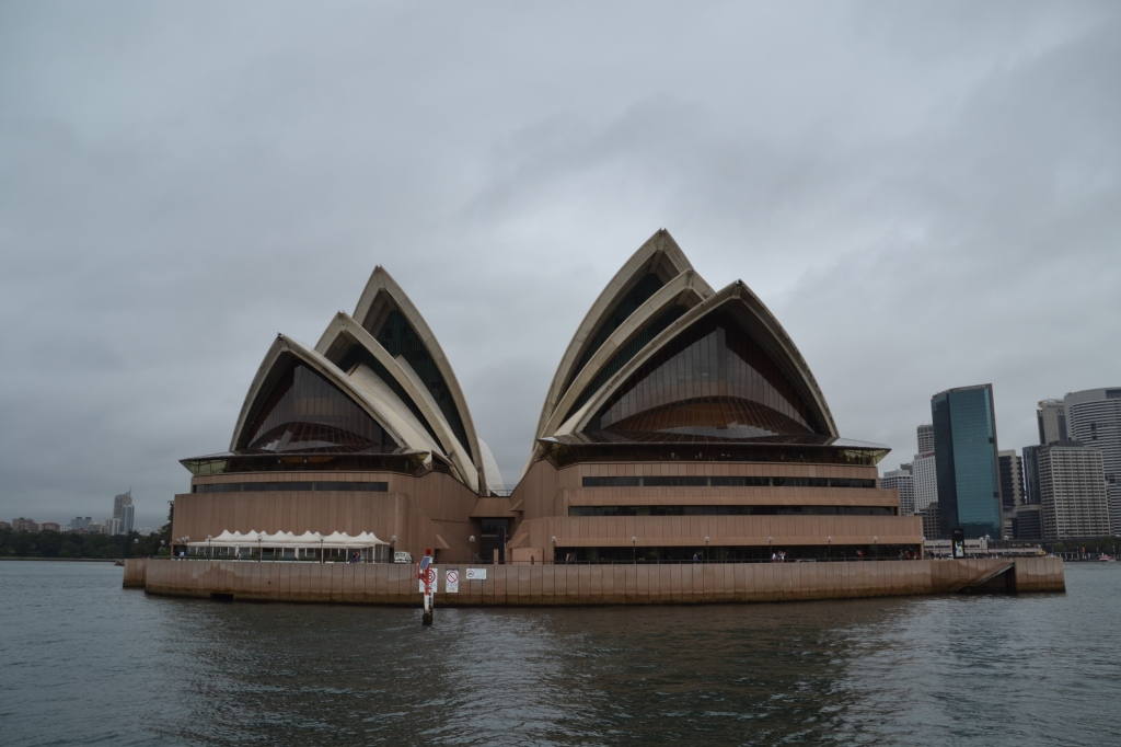 Australia, Sydney Opera House from water