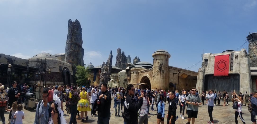 galaxy's edge batuu first order
