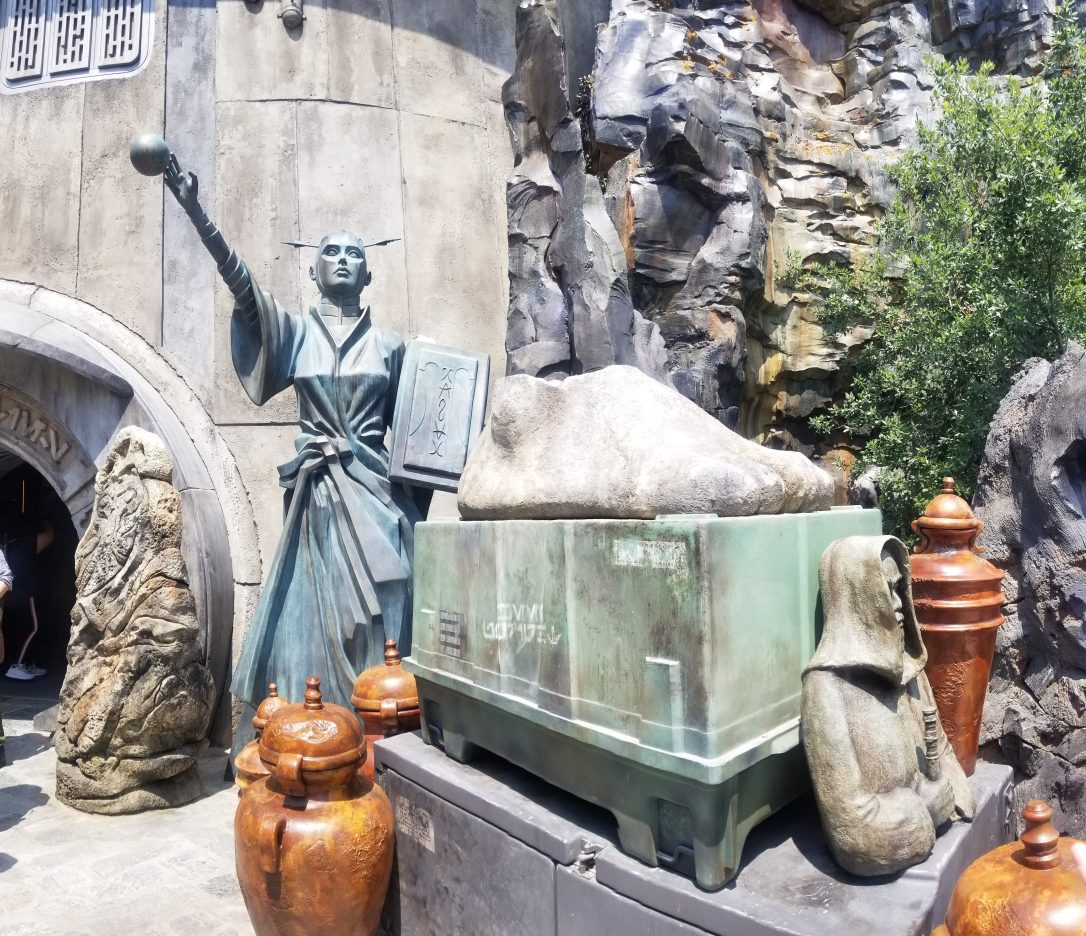 galaxy's edge batuu collector's shop
