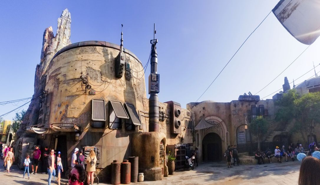 galaxy's edge batuu black spire