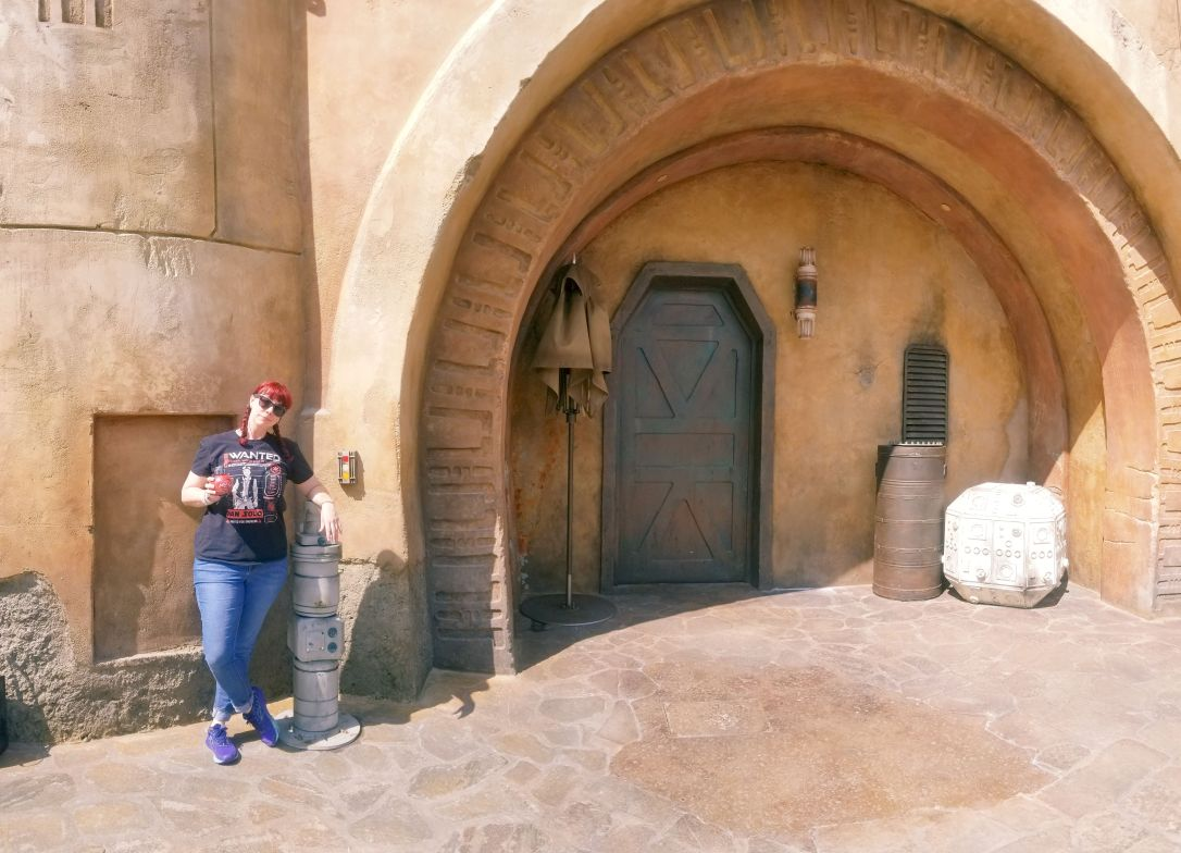 galaxy's edge batuu doorway